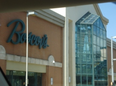 The Steamtown Mall ft. Boscov's Department store (where Pam & Phyllis bought their outfits in Casual Friday)