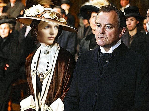 Gillian anderson as lady cora downton abbey
